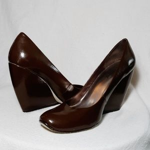 Seychelles Sloping Architectural Wedge Pumps (8)